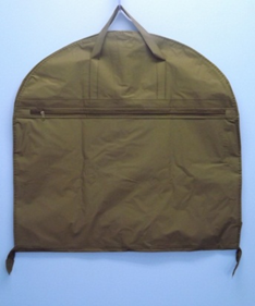 garment bag folded 2